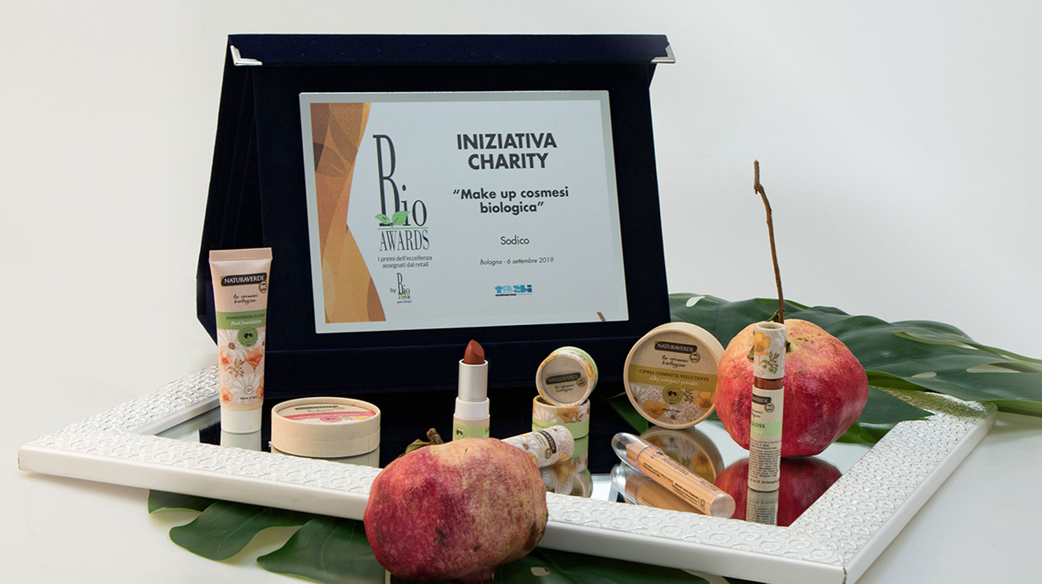 La linea di Make Up Biologico La Cosmesi Biologica Naturaverde Bio si è aggiudicato il premio Bio Awards 2019, categoria Iniziativa Charity